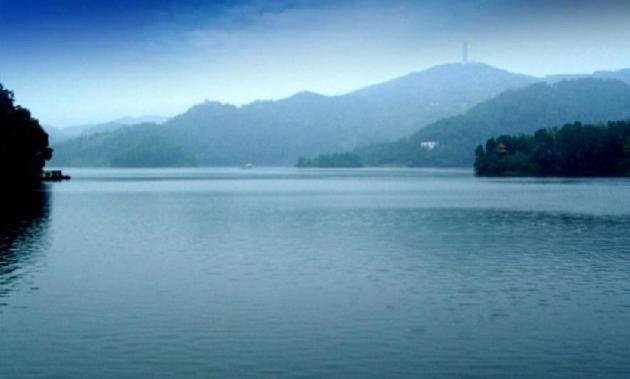 黑龙滩旅游风景区,位于四川盆地中南部